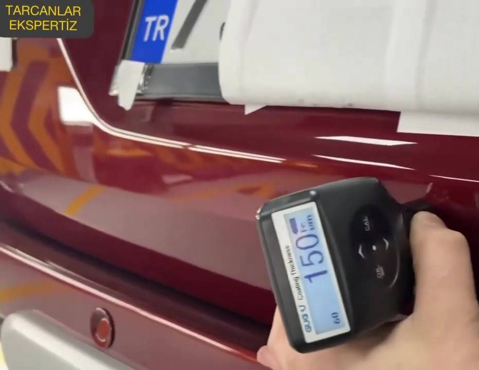 MK08 coating thickness gauge inspecting the car paint thickness by our customer
