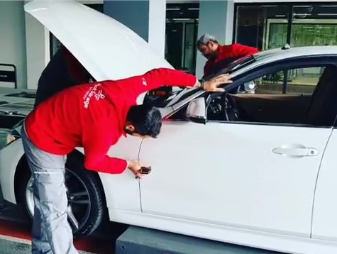 How the expert do inspection on the car ?